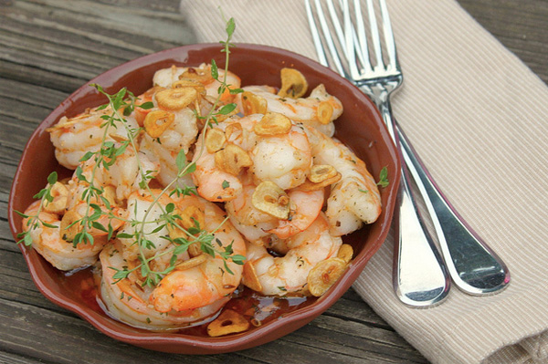 baked-shrimp-with-garlic-and-chili-oil_uosj1a